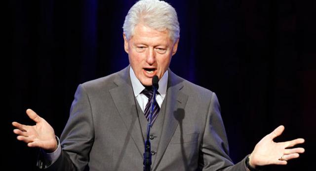 bill clinton gives a speech