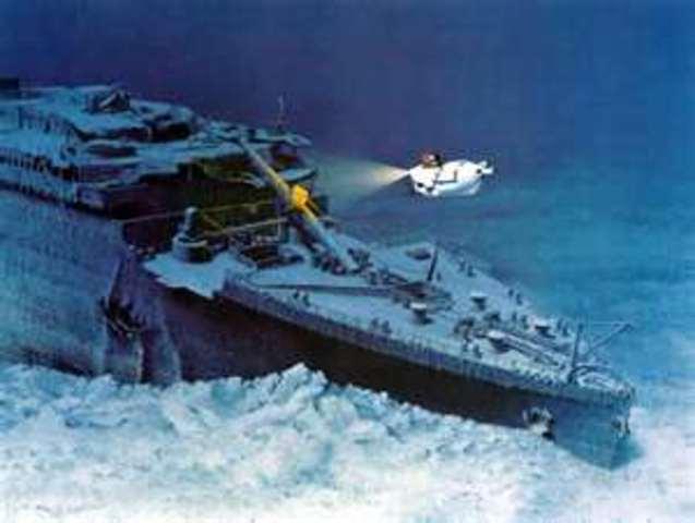 titanic crash