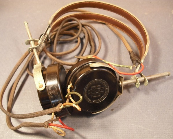 Headphones first invented