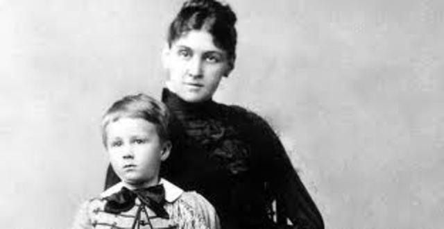 Roosevelts Mother, Sara Roosevelt, Dies
