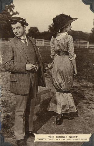 Hobble Skirts, 1914