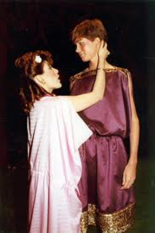 Hermia and Lysander PLan To Run Away