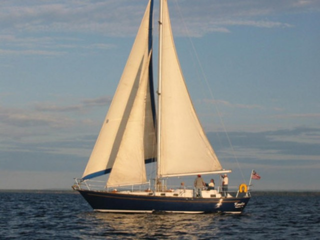 Moving on sails alone; No steam