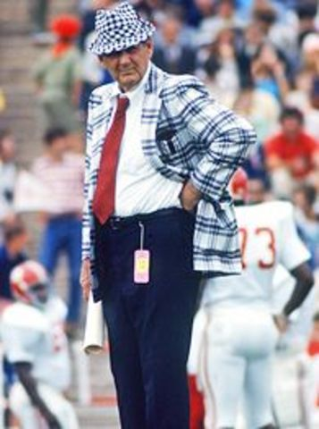 "Plays for Legendary ""Bear"" Bryant Alabama Football Coach"