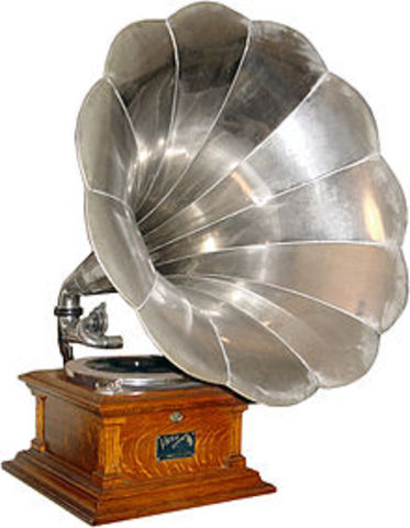 Le gramophone.