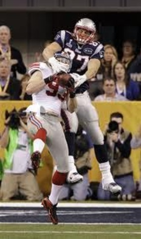 Enters Superbowl Against Giants with 2 catches for 26 yards in the 21-17 loss.