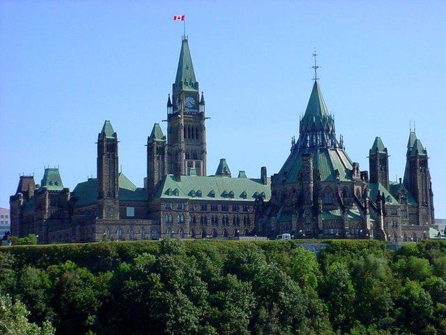 parliment gets built