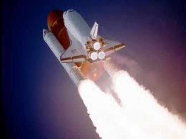Primer Brazo Robótico en el espacio!