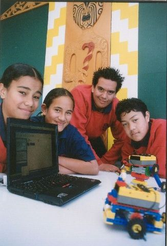 Clover Park Middle School starts its robotics programme