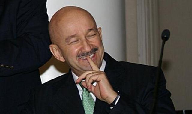 Carlos Salinas de Gotari Elected President