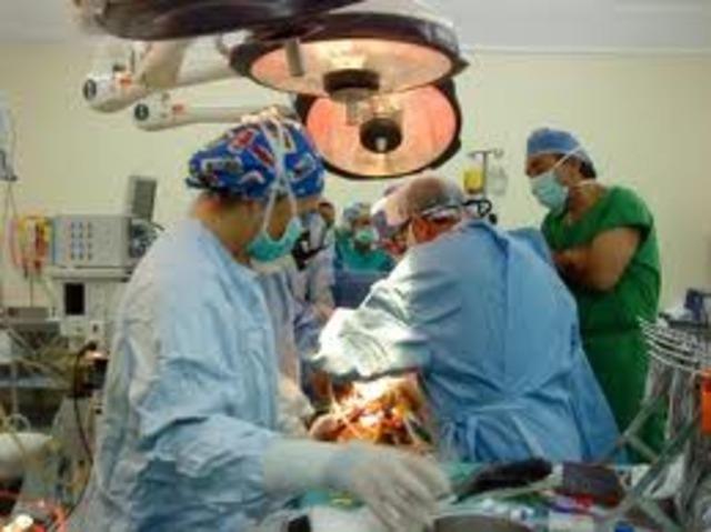 S'mplanta el primer cor astificial a EEUU