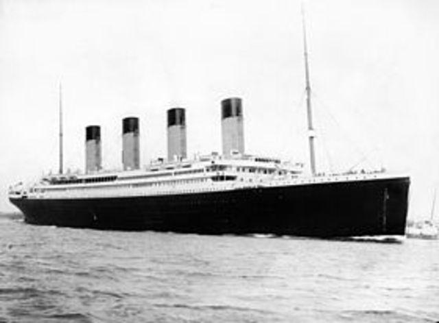 Titanic sjunker