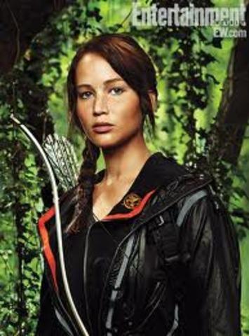 Katniss thinks about winning. ss3284