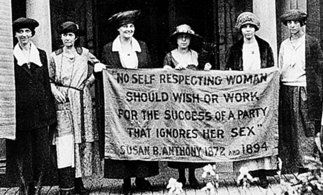 19th Amendment gives U.S. women the right to vote