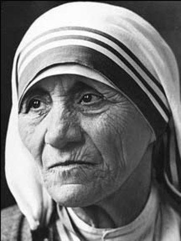 Mother Teresa dies