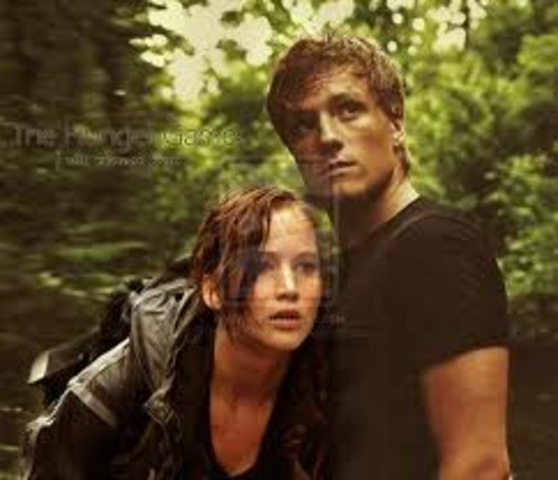 tw4090 Katniss and Peeta win the Hunger Games