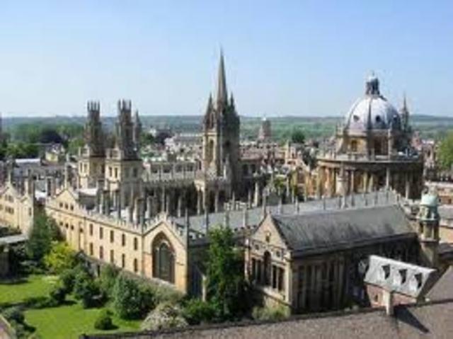 fundaron las primeras Universidades en el siglo XII