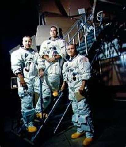 Astronaut Training Begins