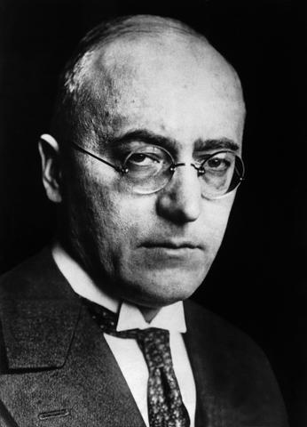 Heinrich Brüning becoming Chancellor