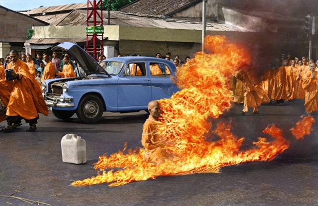 First Buddhist self-immolation