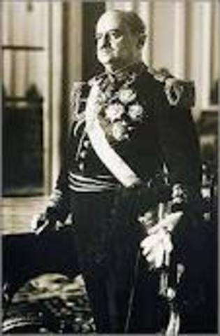 Óscar Raimundo Benavides Larrea 1914-02-04/1915-08-158