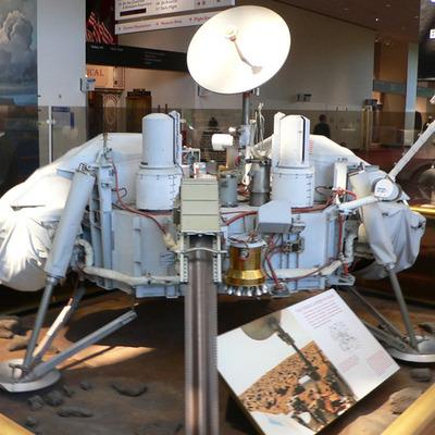 Viking 1 launch timeline