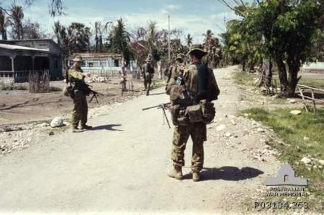 Australian troops go to East Timor as peacekeepers