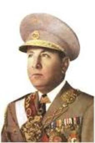 Manuel Arturo Odría Amoretti 1948-10-29/1950-05-31
