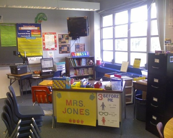 Started teaching 2nd grade at Clarcona Elementary School