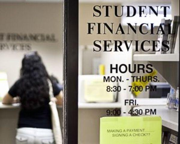 Federal Government Begins Direct Lending
