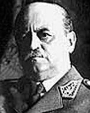 Óscar R. Benavides (1914-1915)