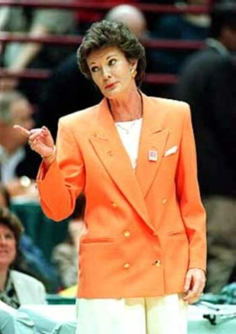 Tennesse basketball coach Pat Summitt finishes her career with 1098 wins, far surpassing the 880 that made her the winningest coach in NCAA history.