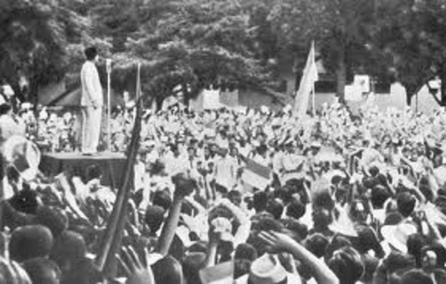 Sukarno, the independence leader, returns from international exile and the Japanese help him declare independence