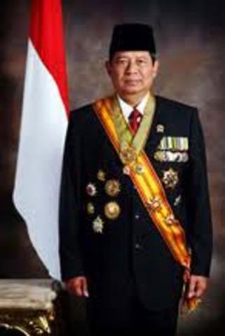 President Susilo Bambang Yudhoyono wins re-election