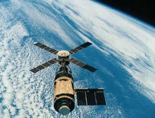 Skylab 4 launched