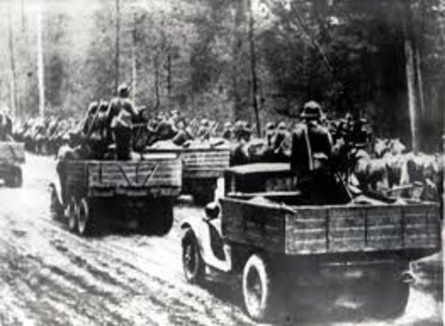 Russia invades Poland