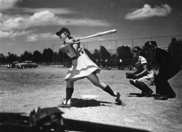 All american girls' baseball league