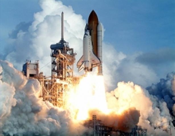 First space shuttle flight: 1981