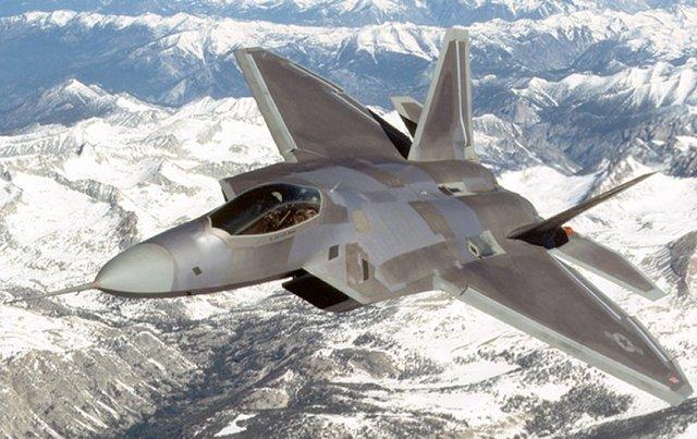 F-22 takes flight: 1997