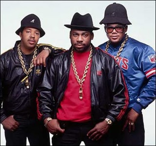 Fashion and Entertainment: Hip Hop Style