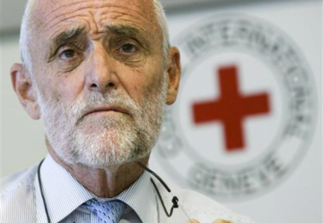 Red Cross chief visits Syria as killings continue