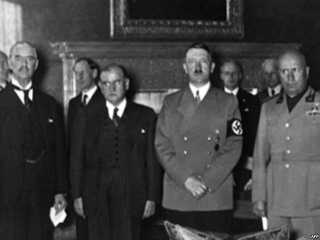 Hitler and Mussolini Meet With The Prime Minister Of Austria