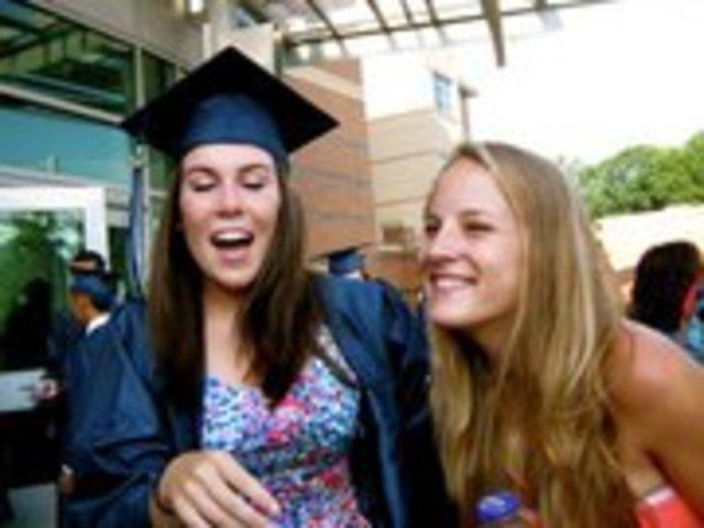 Me gradué de Washington Lee Instituto.