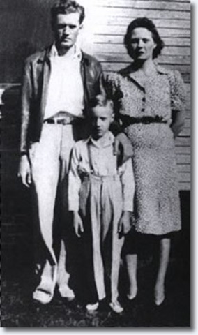The Presley family moved to Memphis.