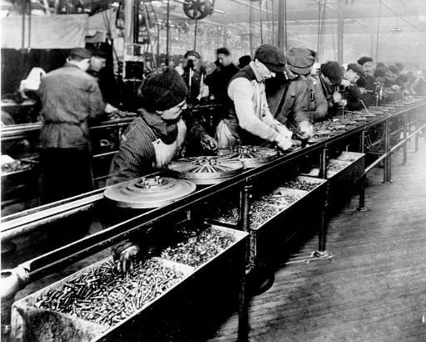Henry Ford starts the modern assembly line