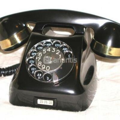 del ladriphone al touchphone timeline