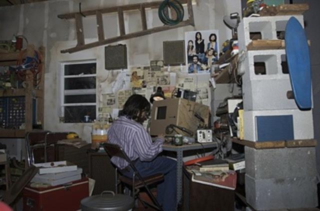 steve jobs instala su negocio en el garage