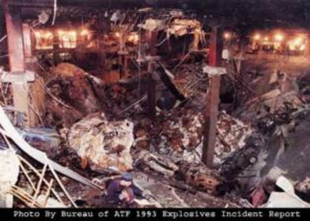 Atruck bomb exploded in the parking garage under World Trade Center.