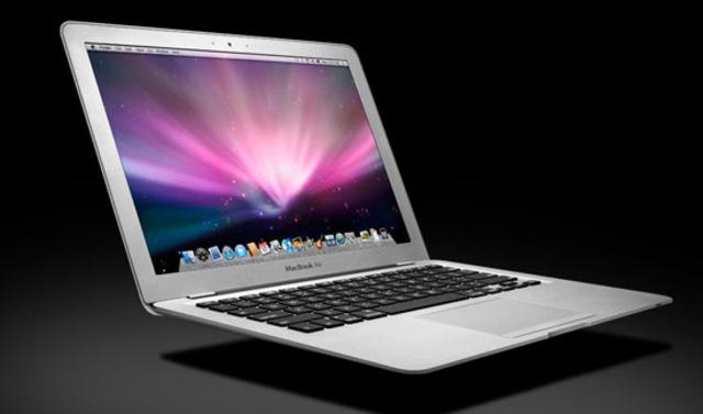 Steve Jobs: Apple Macbook Air