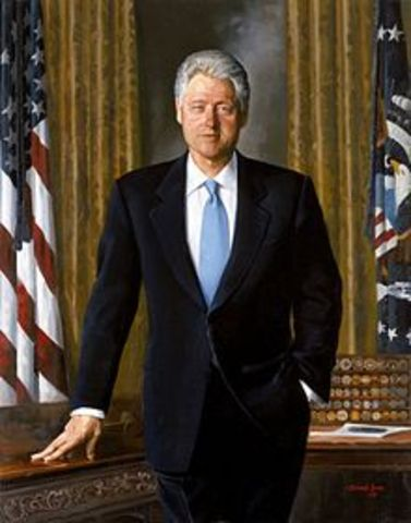 Bill Clinton becomes 42nd President